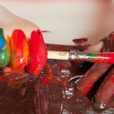 Hand & Foot Printing for Kids | Hand Print Art - Persil