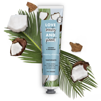 Devant du paquet Love Beauty and Planet dentifrice Detox blooming 75 ml