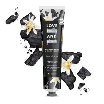 Přední strana obalu zubní pasty Love Beauty and Planet Detox Whitening 75 ml