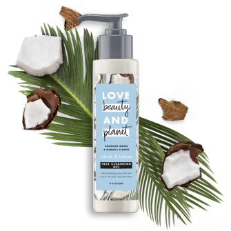 Voorkant verpakking face cleansing gel Love Beauty Planet coconut water & mimosa flower face cleansing gel 125ml