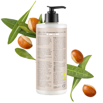 Achterkant verpakking reinigende conditioner Love Beauty Planet sheaboter & sandelhout reinigende conditioner gelukkig & gehydrateerd 500 ml