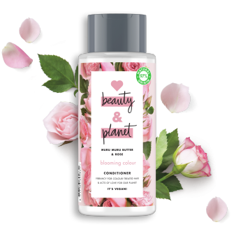 Frente da embalagem do condicionador Love Beauty Planet Condicionador Manteiga de Muru Muru & Rosas Blooming Colour 400 ml