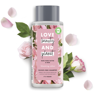 Frente da embalagem do champô Love K11:K28Beauty Planet Champô Manteiga de Muru Muru & Rosas Blooming Colour 400 ml
