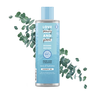 Framsida av duschgelförpackning Love Beauty & Planet Havsalger och Eukalyptus duschgelförpacking Wave of Hydration 400 ml