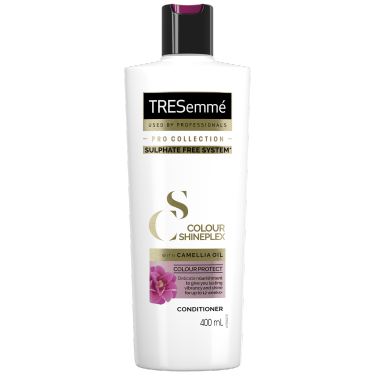 A 400ml bottle of TRESemmé Colour Revitalise Shampoo front of pack image